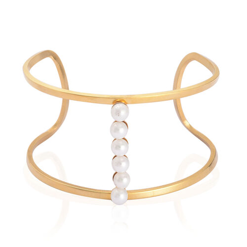 White Plastic Pearl Bangle (Size 7.5) in ION Plated Yellow Gold Stainless Steel