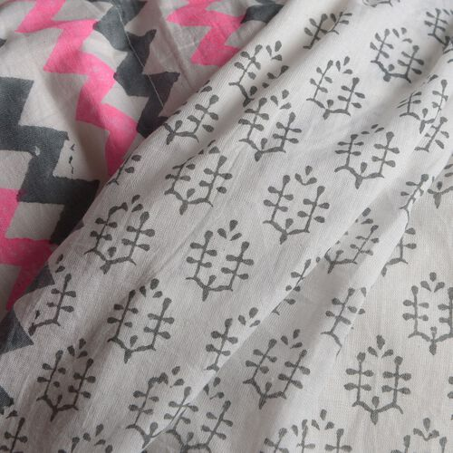 100% Cotton Grey, Pink and White Colour Hand Block Zigzag Printed Kaftan with Tassels (Free Size)