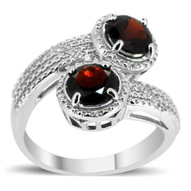 Mozambique Garnet (Rnd), Natural Cambodian White Zircon Crossover Ring in Rhodium Plated Sterling Silver 4.500 Ct.