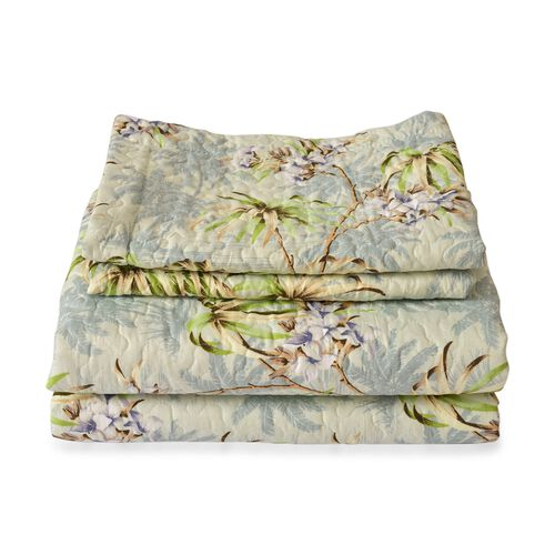 Green, Blue and Multi Colour Floral Pattern Microfiber Reversible Quilt (Size 260X240 Cm) and 2 Pillow Shams (Size 70X50 Cm)