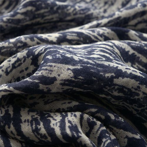 Designer Inspired 100% Merino Wool Woven Dark Blue and White Colour Scarf (Size 175x70 Cm)