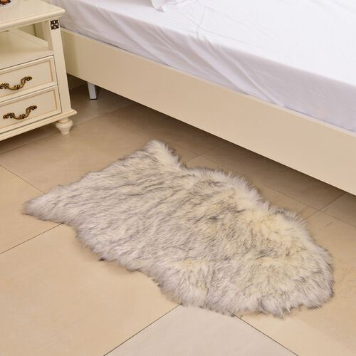 Supersoft Extra-Long Pile (65 mm) Faux Sheep Skin Rug in White Colour (Size 100x75  Cm)