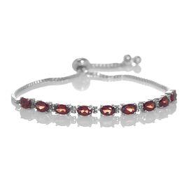 Mozambique Garnet (Ovl) Adjustable Bracelet (Size 6.5 to 8.5) 5.000 Ct.