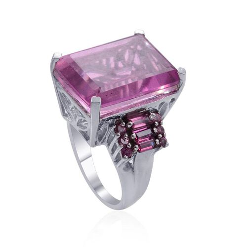 Kunzite Colour Quartz (Oct 20.00 Ct), Rhodolite Garnet Ring in Platinum Overlay Sterling Silver 21.250 Ct.
