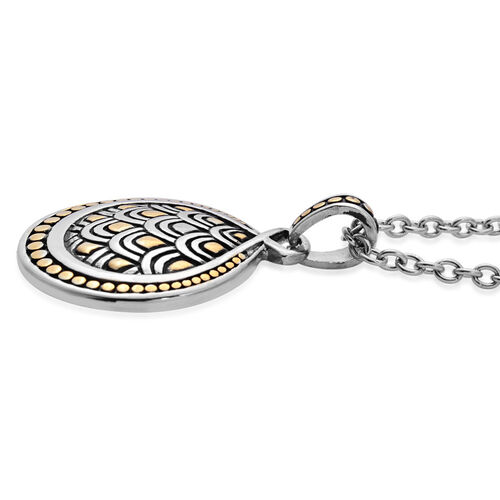 Pendant With Oval Link Chain in Black Tone