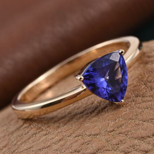 ILIANA 18K Y Gold AAA Tanzanite (Trl) Solitaire Ring 1.150 Ct.