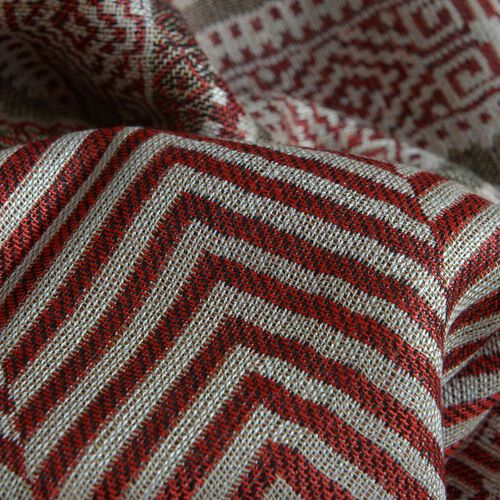 Red Colour Zigzag Pattern Scarf (Size 180x70 Cm)