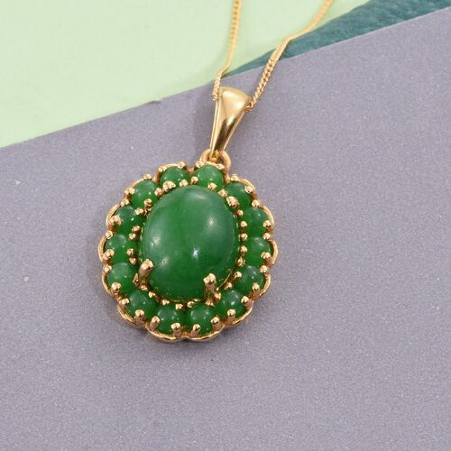 Green Jade (Ovl 6.00 Ct) Pendant with Chain in 14K Gold Overlay Sterling Silver 8.500 Ct.