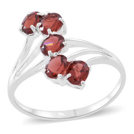 Mozambique Garnet (Ovl) 5 Stone Crossover Ring in Sterling Silver 2.500 Ct.
