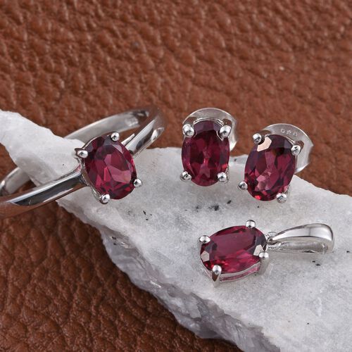 Rhodolite Garnet (Ovl 0.90 Ct) Solitaire Ring, Pendant and Stud Earrings (with Push Back) in Platinum Overlay Sterling Silver 3.550 Ct.