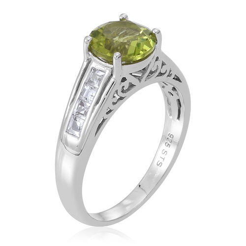 AA Hebei Peridot (Rnd 2.25 Ct), White Topaz Ring in Rhodium Plated Sterling Silver 2.750 Ct.