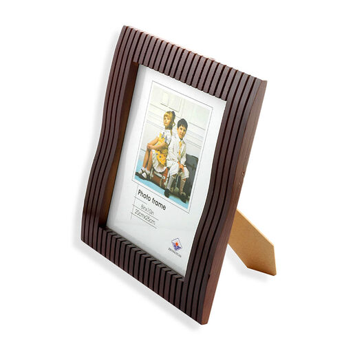 (Option 2) Mahogany Linear Effect Photo Frame (Size 20x25 Cm)