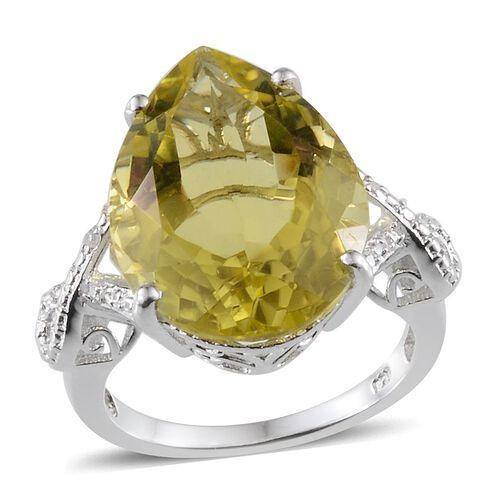 Brazilian Green Gold Quartz (Pear 15.00 Ct), Diamond Ring in Platinum Overlay Sterling Silver 15.030 Ct.