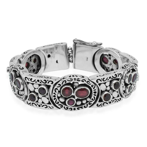 Limited Edition -Designer Inspired African Ruby (Ovl) Bracelet (Size 7.5) in Sterling Silver 15.408 Ct. Silver wt 60.00 Gms.