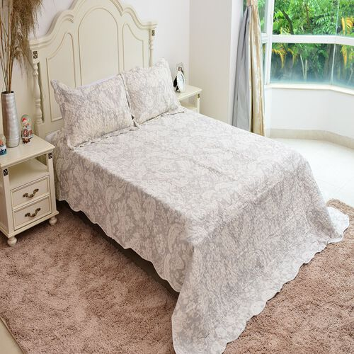 Designer Inspired Printed Floral Quilt and Sham Set, Reversible King Size 240x260 cm and 2 Pillow Shams 50x70 cm