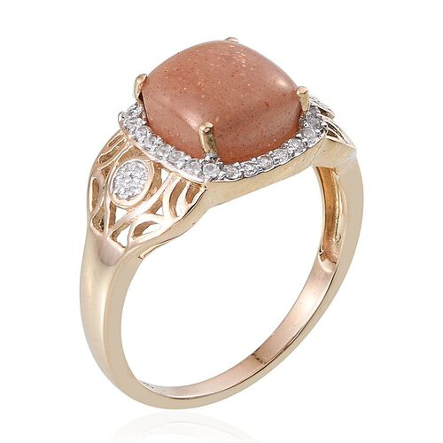 9K Yellow Gold Morogoro Peach Sunstone (Cush 5.00 Ct), Diamond and Natural Cambodian Zircon Ring 5.350 Ct.