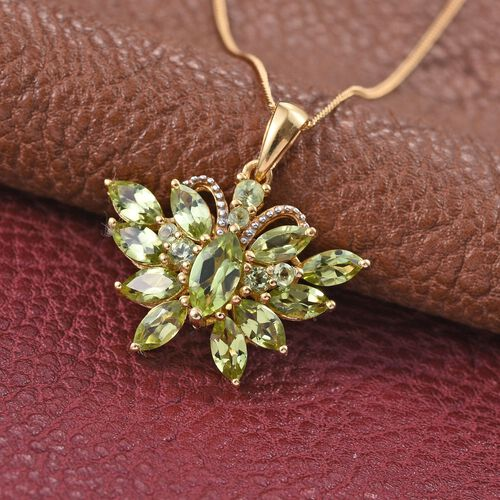 AA Hebei Peridot (Mrq 0.65 Ct) Butterfly Pendant With Chain in 14K Gold Overlay Sterling Silver 3.750 Ct.