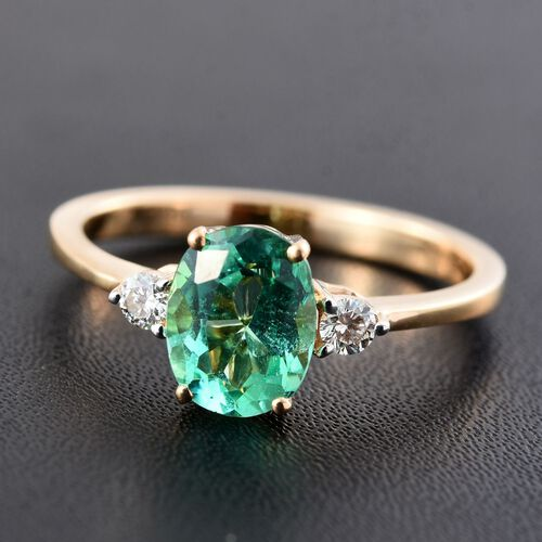 ILIANA 18K Yellow Gold 1.20 Carat AAA Boyaca Colombian Emerald Ring with Side Diamond SI G-H