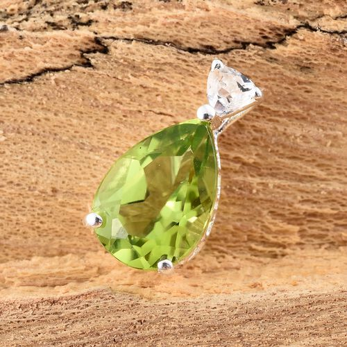 Hebei Peridot (Pear), White Topaz Pendant in Sterling Silver 2.000 Ct.