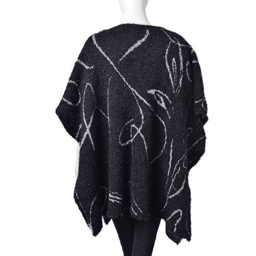 Black and White Colour Abstract Stripes Pattern Knitted Poncho (Size 142X90 Cm)