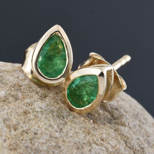 9K Yellow Gold 0.65 Ct AA Boyaca Colombian Emerald Pear Stud Earrings (with Push Back)