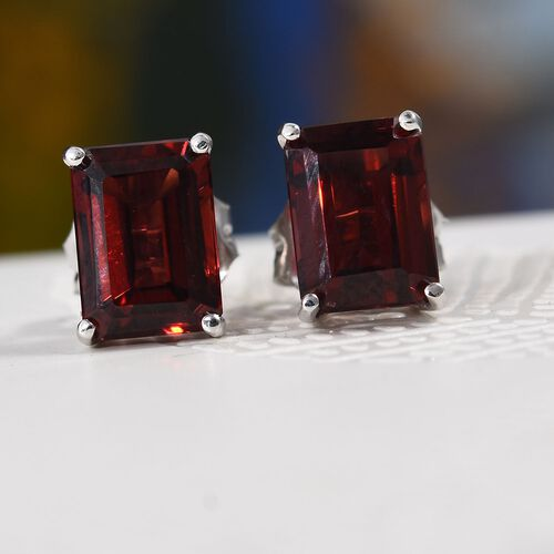 9K White Gold 2.40 Ct AA Mozambique Garnet Stud Earrings (with Push Back)