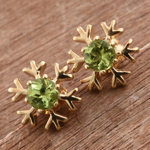 Hebei Peridot (Rnd) 1 Carat Snowflake Silver Stud Earrings in 14K Gold Overlay (with Push Back)