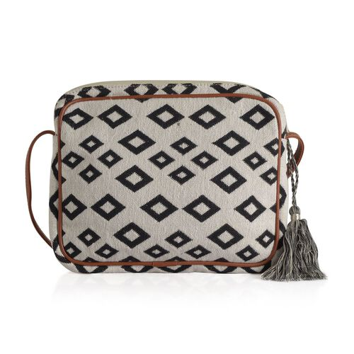 Black and White Colour Diamond Pattern Crossbody Bag (Size 28x22x4.5 Cm)