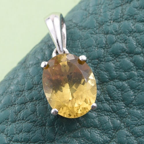 Very Rare Golden Honey Apatite (Ovl) Solitaire Pendant in Platinum Overlay Sterling Silver 2.500 Ct.