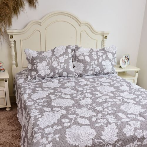 Floral Printed White and Grey Colour Reversible Quilt (Size 260X240 Cm) and 2 Pillow Shams (Size 70X50X5 Cm)
