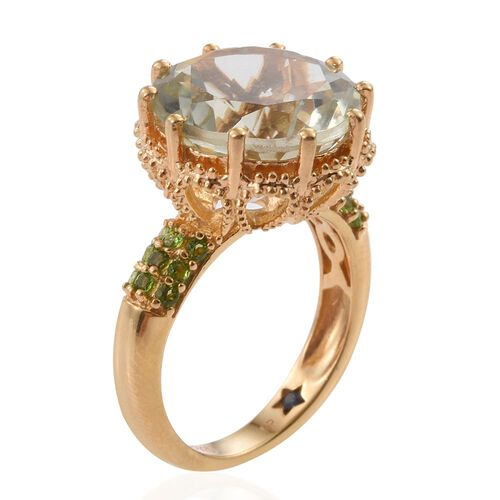 GP Green Amethyst (Rnd 8.95 Ct), Russian Diopside and Kanchanaburi Blue Sapphire Ring in 14K Gold Overlay Sterling Silver 9.250 Ct. Silver wt 5.90 Gms.