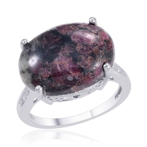 Russian Eudialyte (Ovl 11.00 Ct), Diamond Ring in Platinum Overlay Sterling Silver 11.050 Ct.