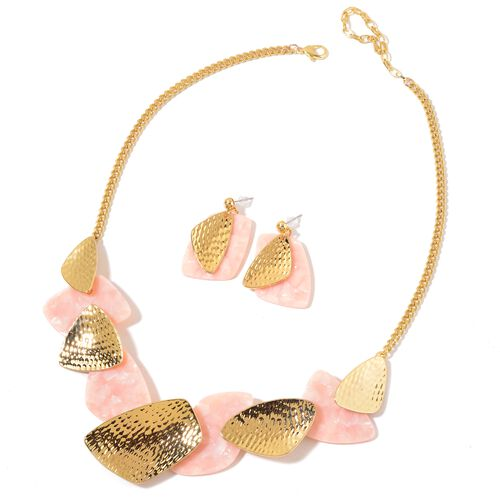 Simulated Pink Shell Necklace (Size 20) and Earrings in Yellow Gold Tone