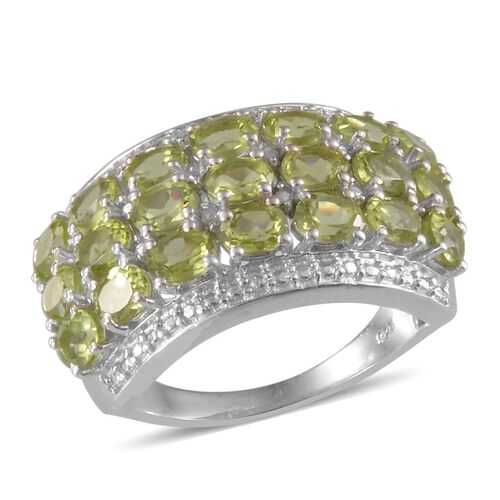 Hebei Peridot (Ovl), Diamond Ring in Platinum Overlay Sterling Silver 4.020 Ct.