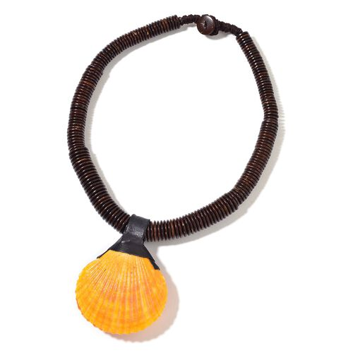 Hand Crafted Orange Shell Necklace (Size 18) 331.000 Ct.