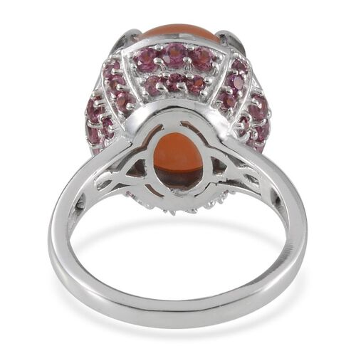 Mitiyagoda Peach Moonstone (Ovl 8.25 Ct), Rhodolite Garnet Ring in Platinum Overlay Sterling Silver 11.000 Ct.