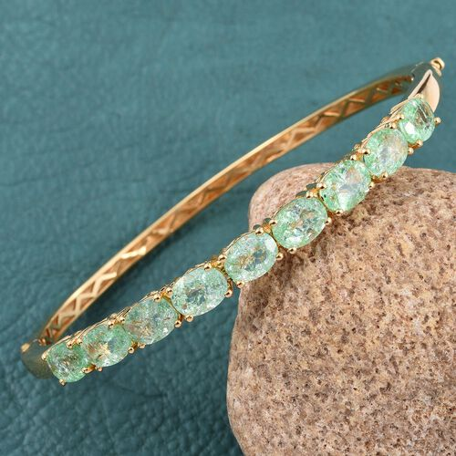 Emerald Green Crackled Quartz (Ovl) Bangle (Size 7.5) in ION Plated 18K Yellow Gold Bond 10.250 Ct.