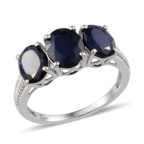 Diffused Blue Sapphire (Ovl 1.75 Ct) 3 Stone Ring in Platinum Overlay Sterling Silver 4.000 Ct.