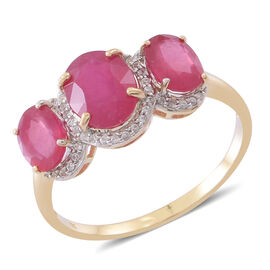 9K Y Gold AAA African Ruby (Ovl 2.25 Ct), White Zircon Ring 5.150 Ct.