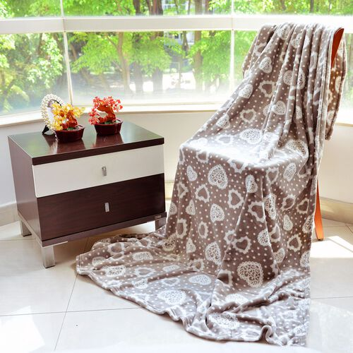 Superfine Microfibre Flannel Blanket Brown Colour with Hearts Design 150x200 cm