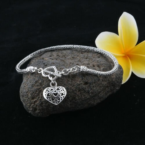 Royal Bali Collection Sterling Silver Tulang Naga Bracelet (Size 7) with Heart Charm, Silver wt 8.58 Gms.
