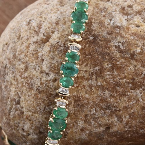 Collectors Edition- 9K Yellow Gold AAA Kagem Zambian Emerald (Ovl), Diamond Bracelet (Size 8) 8.500 Ct.