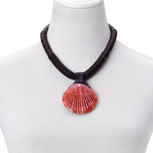 Hand Crafted Red Shell Necklace (Size 18) 332.000 Ct.