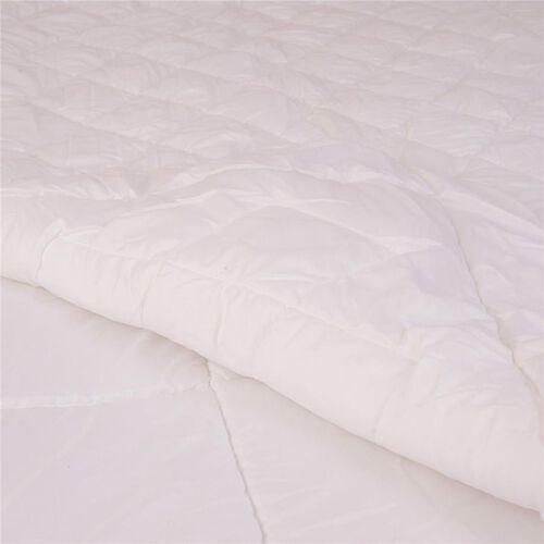 White Colour 4 Season Quilt (Size 200x200 Cm)