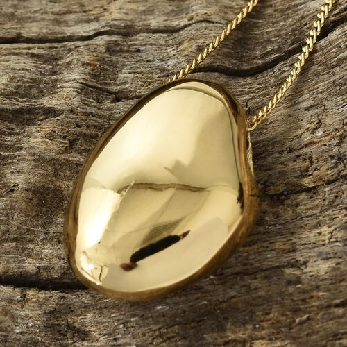Pebble Pendant With Chain in Gold Plated Silver
