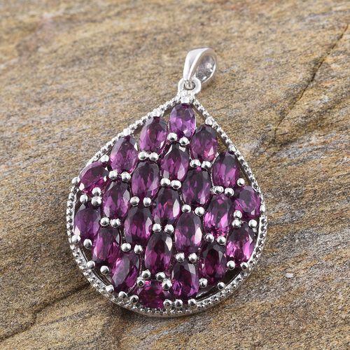 Rare Mozambique Grape Colour Garnet (Ovl) Cluster Pendant in Platinum Overlay Sterling Silver 6.500 Ct.
