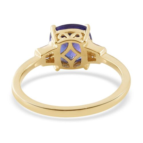 ILIANA 18K Y Gold AAAA Tanzanite (Cush 2.75 Ct), Diamond (SI/G-H) Ring 3.000 Ct.