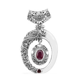 Royal Bali Collection African Ruby (Ovl), Mozambique Garnet Pendant in Sterling Silver 2.000 Ct. Silver wt 8.65 Gms.