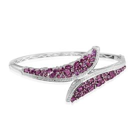 Rare Mozambique Grape Colour Garnet (Rnd) Bangle (Size 7.5) in Platinum Overlay Sterling Silver 7.000 Ct. Silver Wt 21.00 Gms