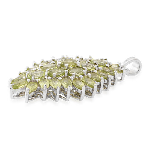 Hebei Peridot (Ovl) Pendant in Rhodium Plated Sterling Silver 9.000 Ct. Silver wt 6.80 Gms.